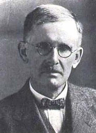 John Hewitt (herpetologist) - Image: John Hewitt 00