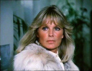Krystle Carrington - Linda Evans as Krystle Carrington