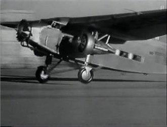 Air Hostess (1933 film) - Image: Screenshot Ford