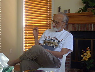 Vijay Tendulkar - Vijay Tendulkar in late 2007 on a visit to Princeton, New Jersey, USA