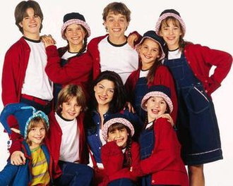 Chiquititas - The Chiquititas 2000 (Season Six) main cast. This season was aired in Brazil seven years later as a single story, by SBT, following the success of Chiquititas Brasil.