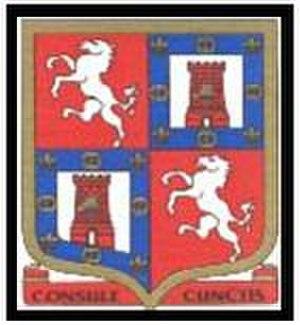 Gravesend Grammar School - Image: Gravesend Grammer School badge