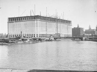 Merchandise Mart - Merchandise Mart under construction, 1929