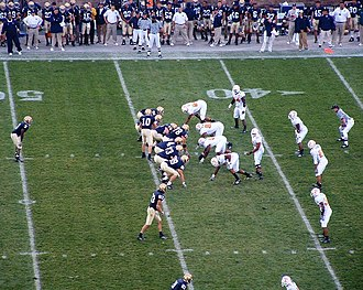 2005 Notre Dame Fighting Irish football team - Quinn directs the offense against Tennessee