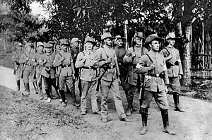 Slouch hat - Platoon of German reservists in German New Guinea, after the outbreak of World War I, shortly before the arrival of the Australian Naval and Military Expeditionary Force in 1914.