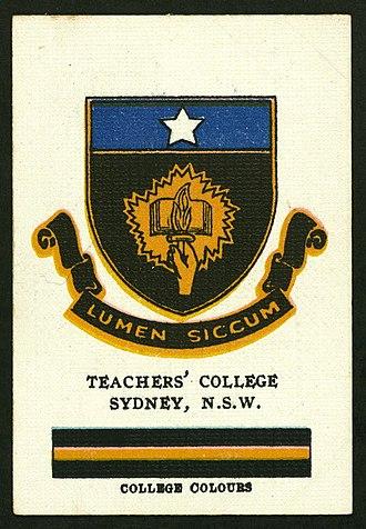 Sydney Teachers' College - Cigarette card featuring the Sydney Teachers' College's crest and colours, circa 1920s