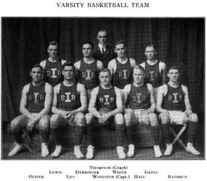 1911–12 Illinois Fighting Illini men's basketball team - Image: 1911 12 Fighting Illini men's basketball team