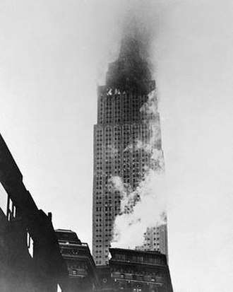 1945 Empire State Building B-25 crash - The Building on fire following the crash by a U.S. Army B-25 bomber on July 28, 1945