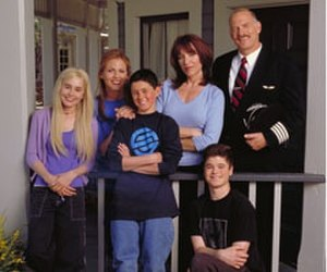 "Tucker (2000 TV series) - The main characters of Tucker (from left to right), McKenna, Jeannie, Tucker, Claire, Leon and ""Captain"" Jimmy."