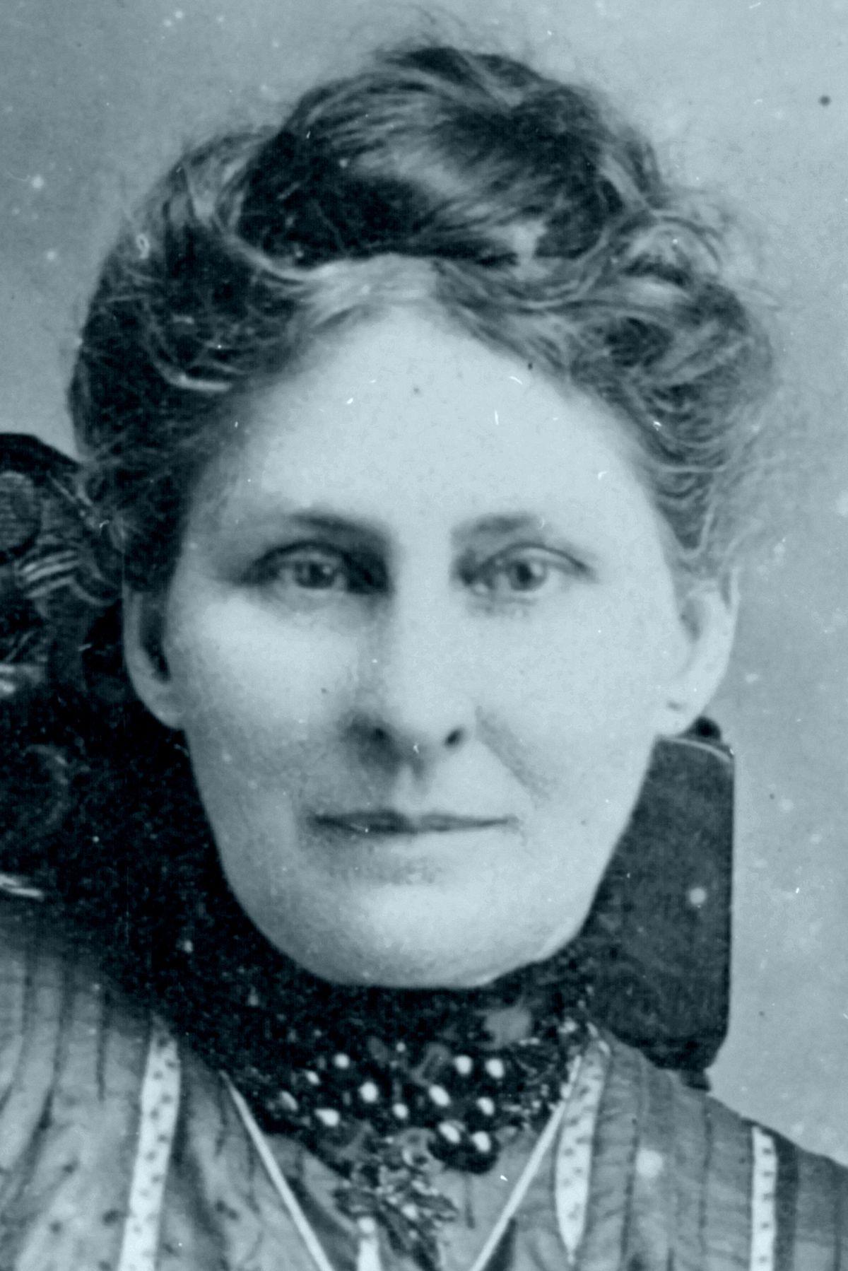 Lizzie Lape Wikipedia