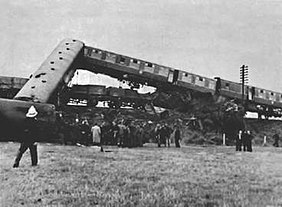 Singleton Bank rail crash.jpg