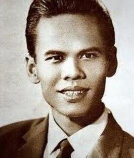 Suraphol Sombatcharoen Thai singer