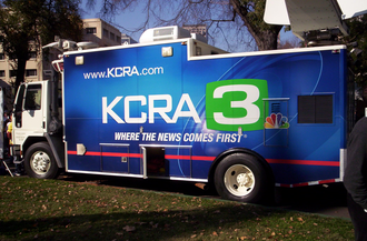 KCRA-TV - KCRA satellite truck at the 2006 California International Marathon.