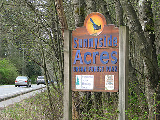Sunnyside, Surrey - Entrance to Sunnyside Acres Urban Forest at 24th Ave. (Sunnyside Road)