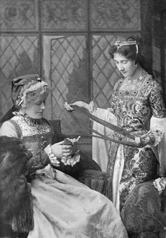 Edith Craig - Ellen Terry and Edith Craig onstage at the Lyceum Theatre c.1895