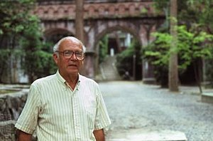 Roy Andrew Miller - Image: The American linguist Roy Andrew Miller (1924–2014) in Kyōto in 1982
