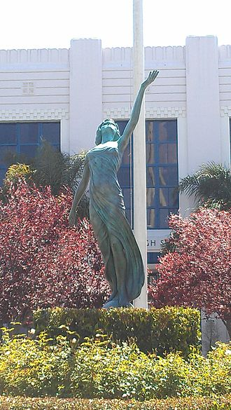 Venice High School (Los Angeles) - Replica of Spiritual (model, Myrna Loy) in front of Venice High School