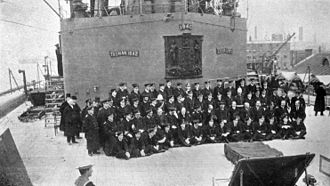 HMS New Zealand (1911) - Assembled officers of HMS New Zealand together with Winston Churchill and King George V