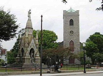 Soldier's Monument and First Unitarian Universalist Church in Jamaica Plain