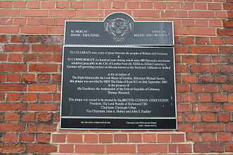 Steelyard - Commemorative plaque placed in 2005 at Cannon Street station, near the location of the Steelyard