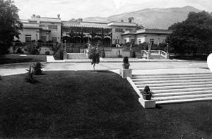 "Arcadia, California - Anita Baldwin's ""Anoakia"" mansion and gardens in 1915."
