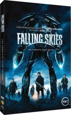 250px-Falling_Skies_Season_3_cover_art.j