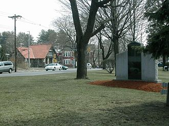 Hudson, New Hampshire - Hudson Town Common with Hills Memorial Library in background