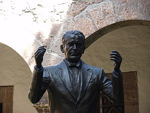 Tata Vasco (opera) - Miguel Bernal Jiménez, the composer of Tata Vasco (statue in the Conservatorio de las Rosas, Morelia, Michoacán)