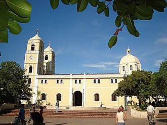 Sincelejo - Santander Park and Saint Francis of Assis Cathedral