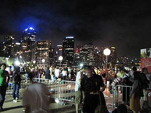Sydney New Year's Eve 2008–09 - Image: Sydney aftermath 2008 9 1