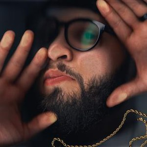 Uncomfortable (album) - Image: Uncomfortable by Andy Mineo