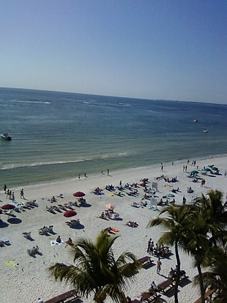 Fort Myers Beach, Florida - Image: Fort Myers Beach from Lani Kai terrace 2009