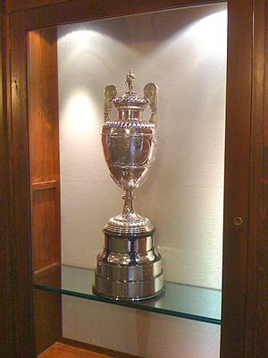 The Amateur Championship - Image: The Amateur Championship Trophy shown at Gardagolf in 2009