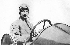 Albert Clément - Image: Albert Clément in his Clément Bayard at the 1906 French Grand Prix