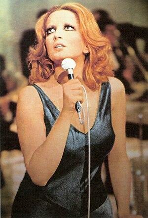 Mina (Italian singer) - Mina in the Teatro 10 television programme in 1972