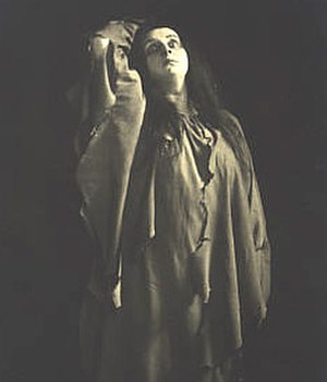 Annie Krull - Annie Krull as Elektra, photographed in 1909
