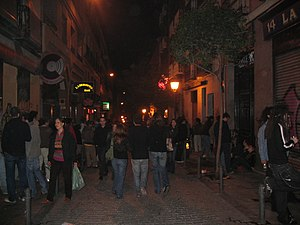 Universidad (Madrid) - Nights in Malasaña are often crowded