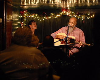 Richie Havens - Havens playing at The Turning Point in Piermont, New York, January 4, 2009