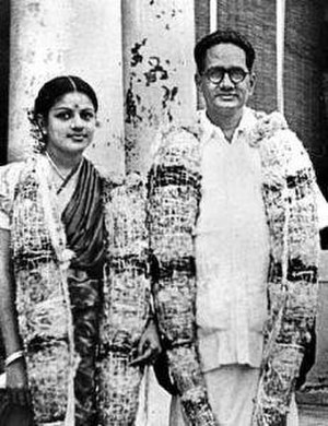 Kalki Sadasivam - Marriage photo of T. Sadasivam and M. S. Subbulakshmi, 1940
