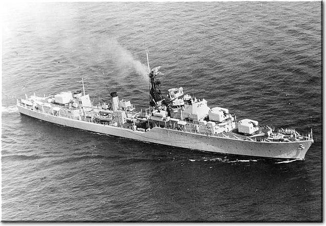640px-HMS_Daring_D05.jpg