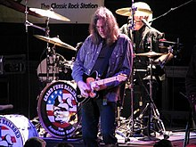 Max Carl with Grand Funk Railroad (Florida 2010).jpg