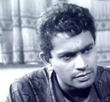 "Tony Ranasinghe in a scene from the movie ""Delovak Athara"".png"