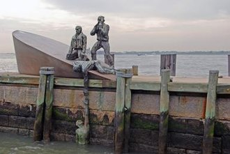 The Battery (Manhattan) - American Merchant Mariners' Memorial