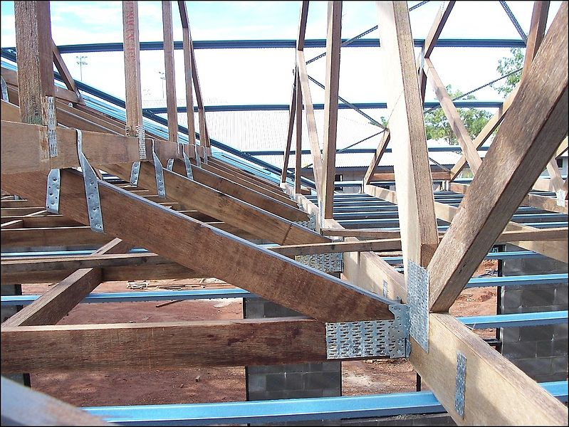 Cost to add a new space estimates and prices at fixr for Price on roof trusses
