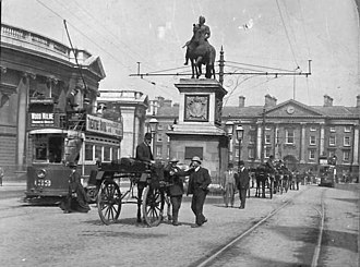 Dublin United Transport Company - Electric trams, Dame Street, 1910
