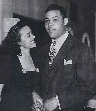 Joe Louis - Joe Louis with Jean Anderson, Chicago, 1947