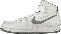 The original colorway Air Force I from 1982.jpg