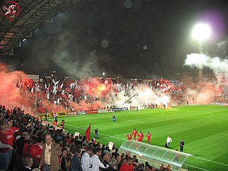 Hapoel Tel Aviv F.C. - Pyrotechnics at the Tel Aviv derby, 2005–06