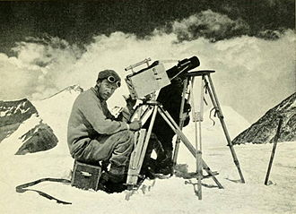 Geoffrey Bruce (Indian Army officer) - Noel filming from the North Col