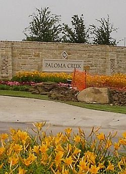 Paloma Creek community entrance sign in 2007